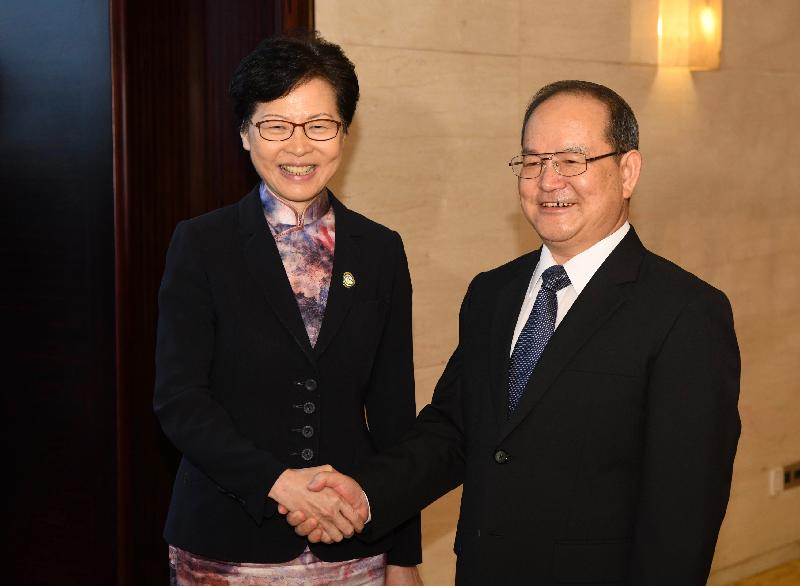 The Chief Executive, Mrs Carrie Lam, attended the 2019 Pan-Pearl River Delta Regional Co-operation Chief Executive Joint Conference in Nanning today (September 6). Photo shows Mrs Lam (left) and the Secretary of the CPC Guangxi Zhuang Autonomous Region Committee, Mr Lu Xinshe (right), shaking hands before the meeting.